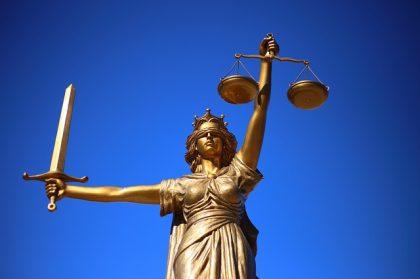 איך לבחור עורך דין מקצועי?